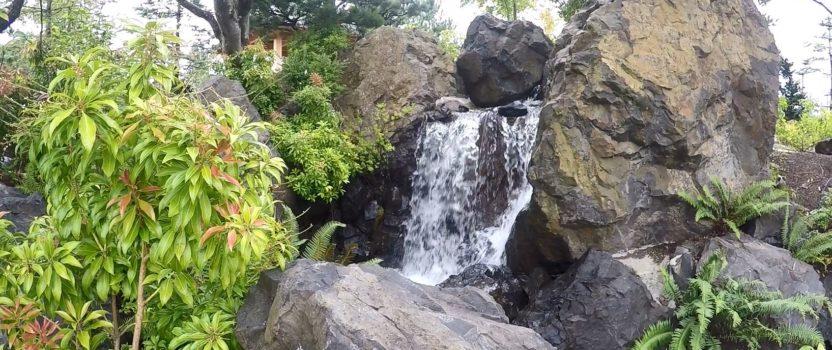 Water Feature Designed Like a Dark Ride:  Boulder Falls Inn, Lebanon Oregon