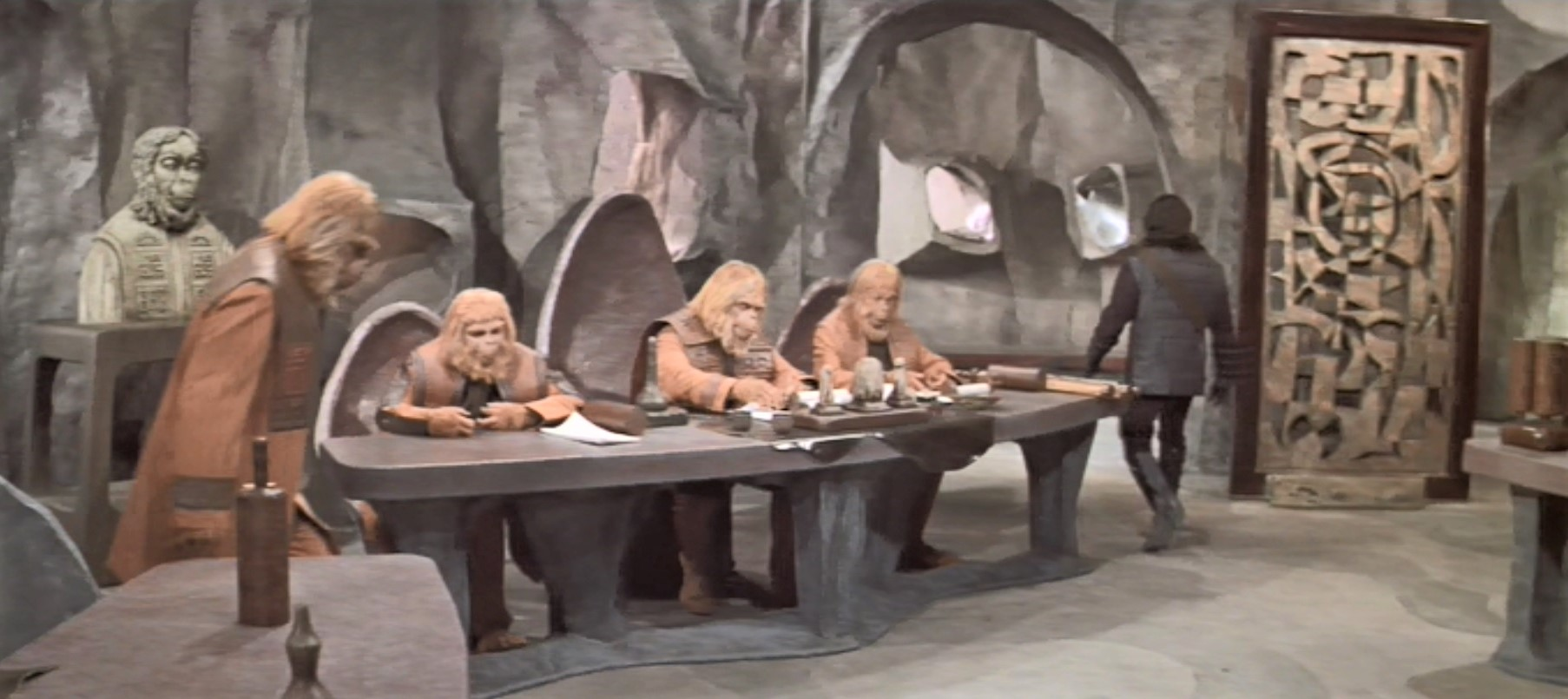 Planet of the Apes 1968 Set Courtroom and Divider 1