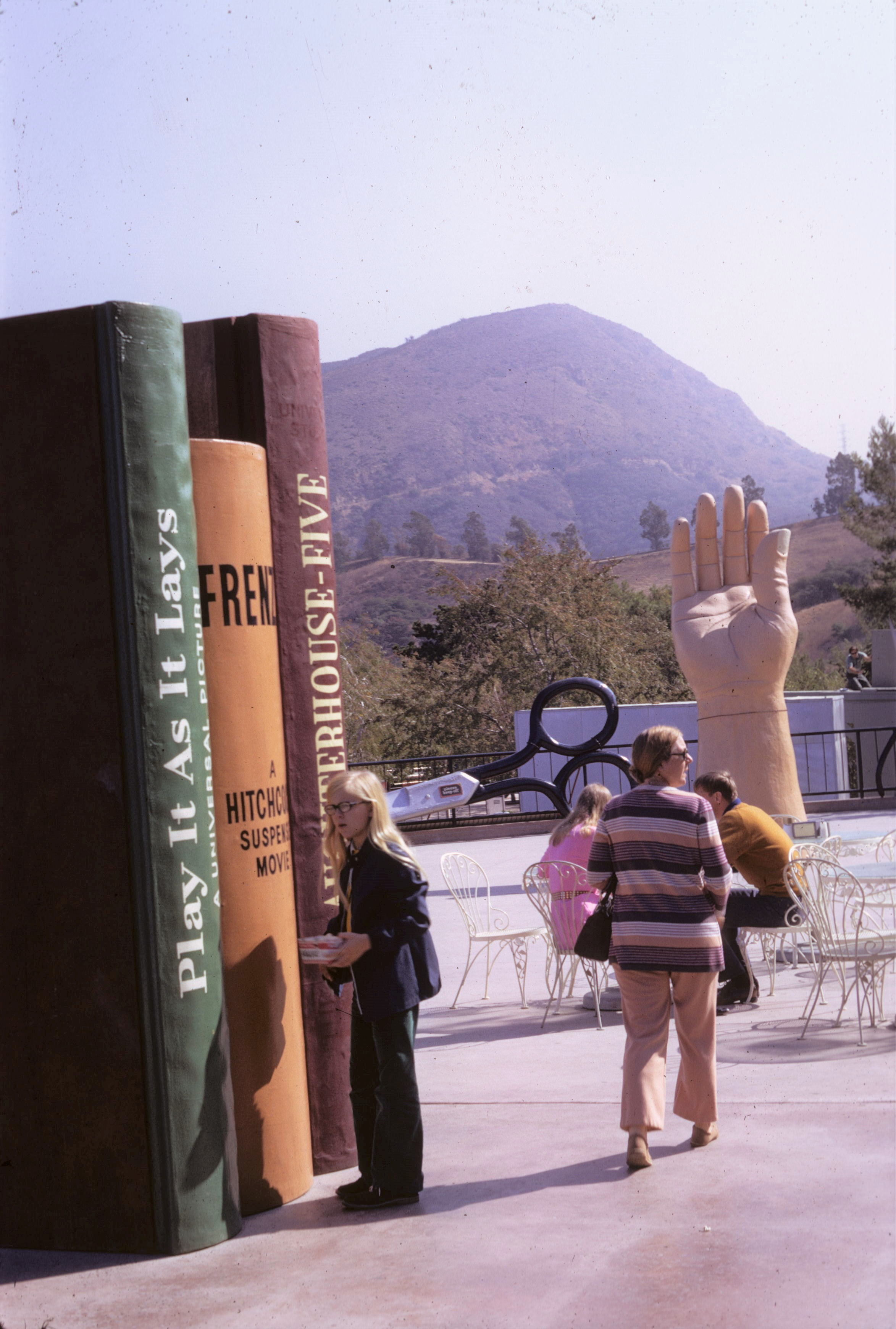 Universal Studios 1972 - Giant Book Props - Invisible Themepark